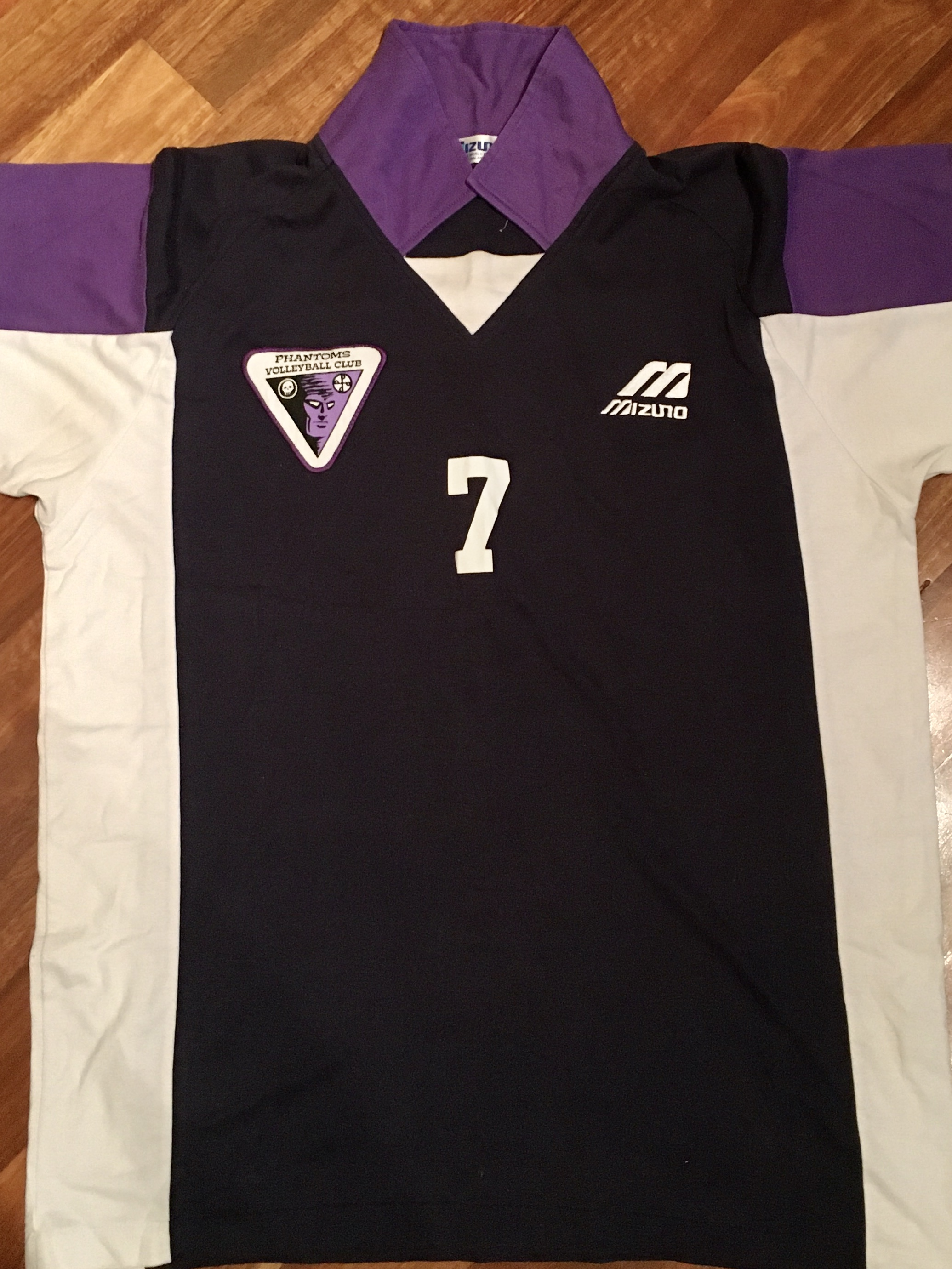 Phantoms playing top purple white